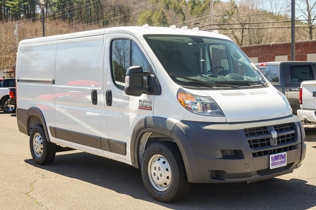 Dodge Ram Promaster >> New 2018 Ram Promaster Low Roof Cargo Van In Thomaston D7536